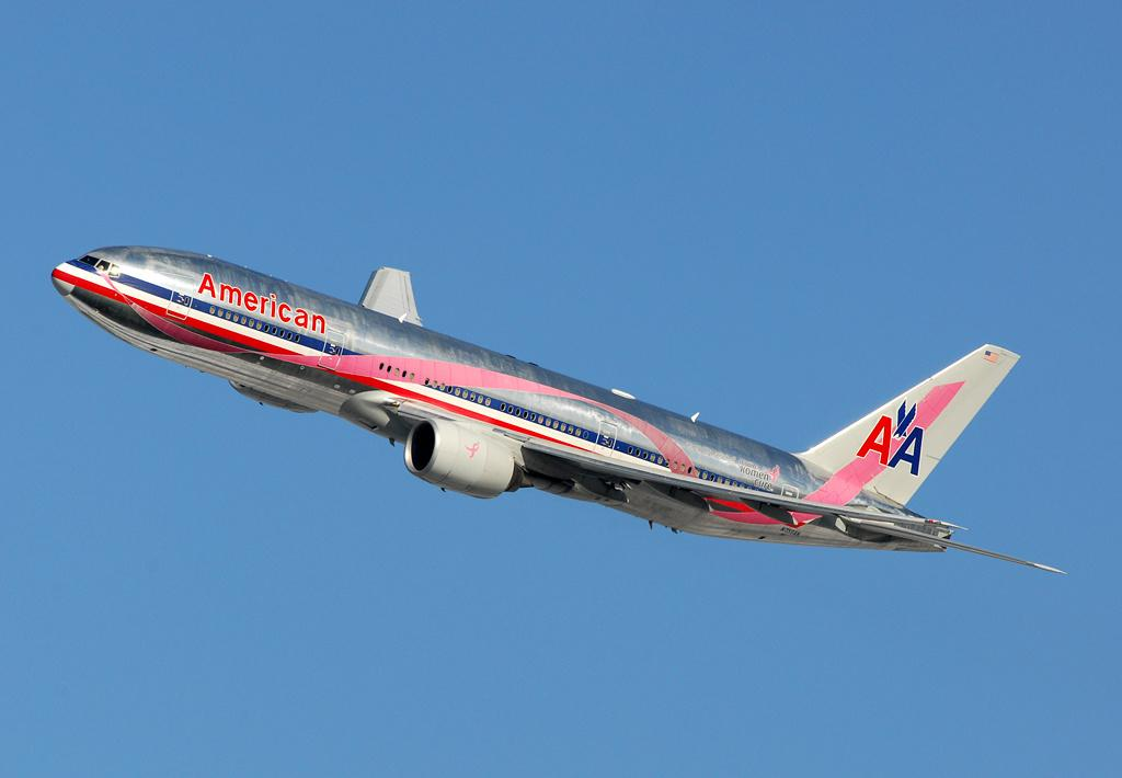 First In America American Airlines Gets The Boeing 777 300er