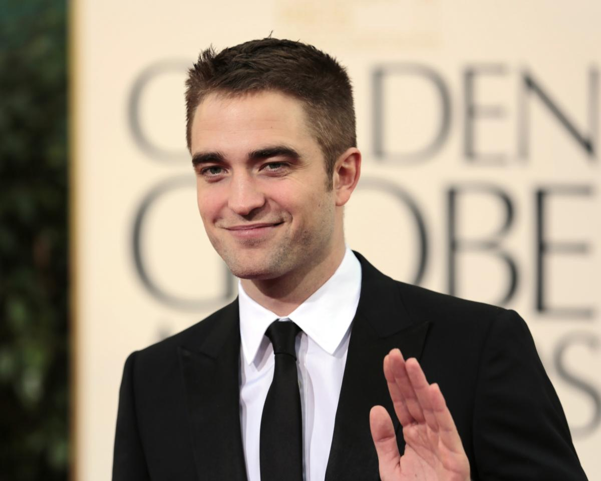Who is rob pattinson hookup now
