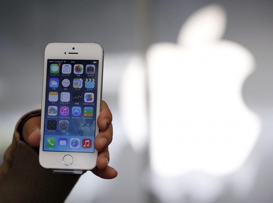 Apple iOS 7 Release: 15 Ways To Improve Battery Life On ...