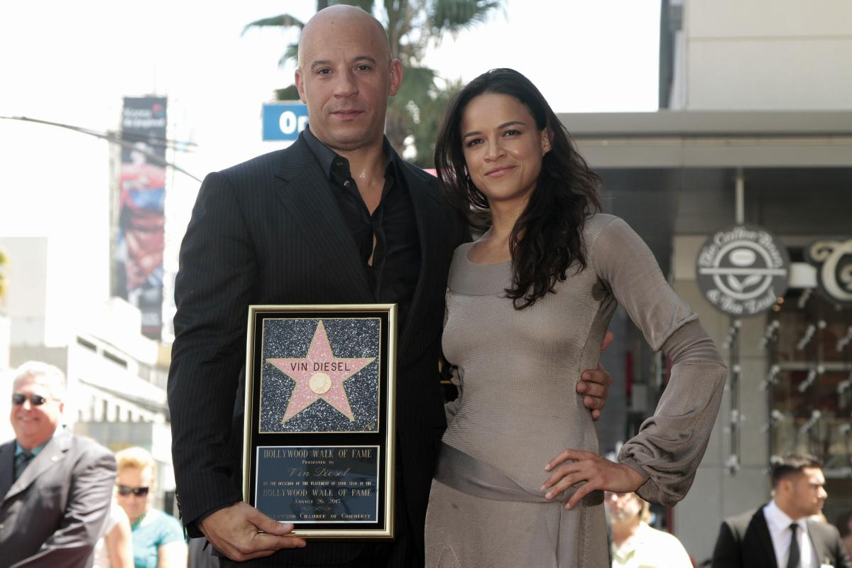 Is Michelle Rodriguez Gay Fast And Furious 7 Star Comes Out As Bisexual -4657