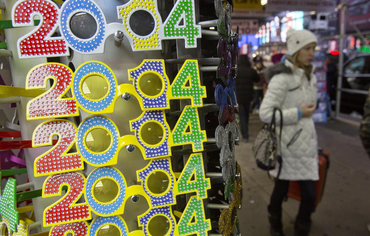 Stores Open On New Year's Day 2014: Walmart, Target And ...