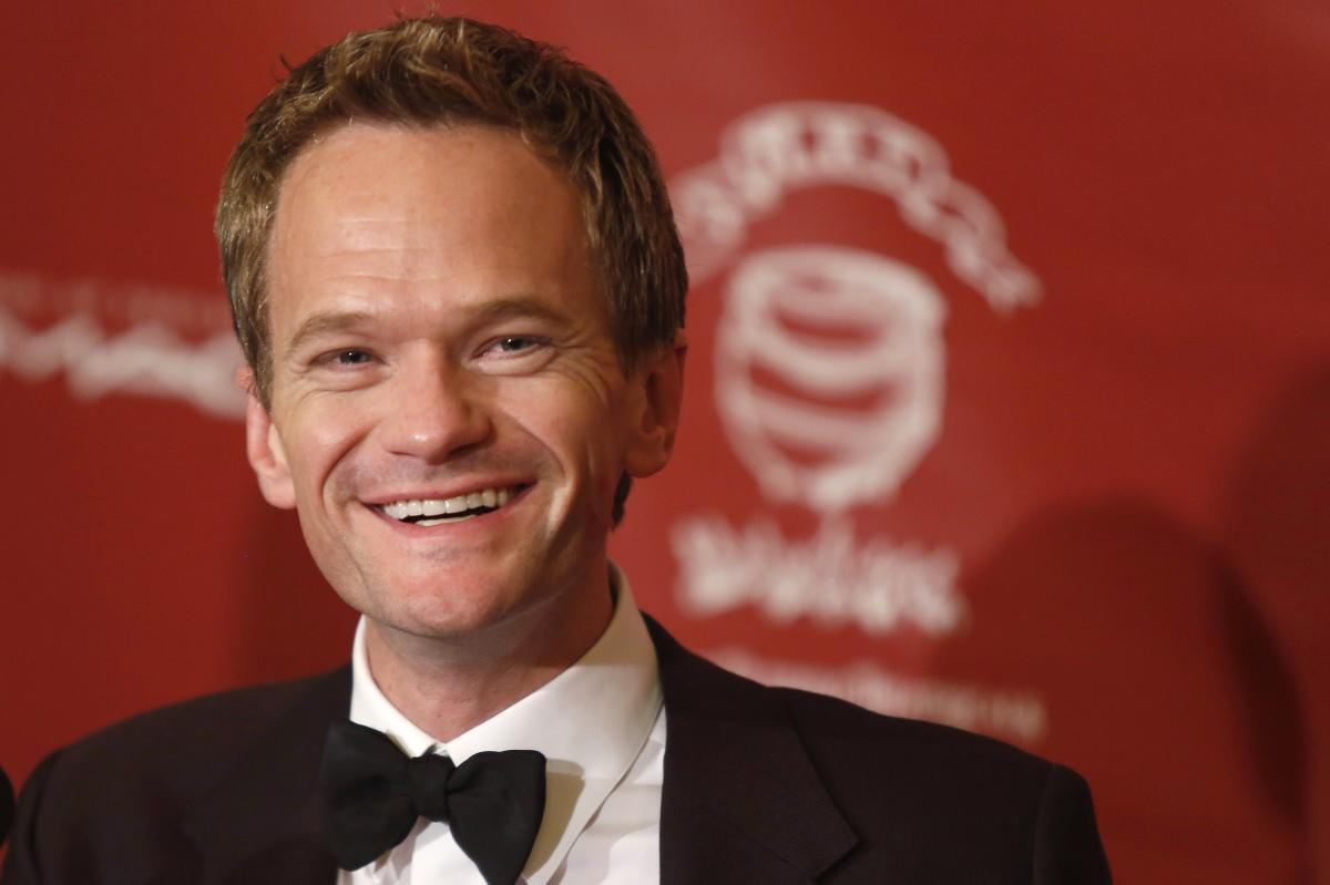 Neil Patrick Harris poses nude on Rolling Stone cover