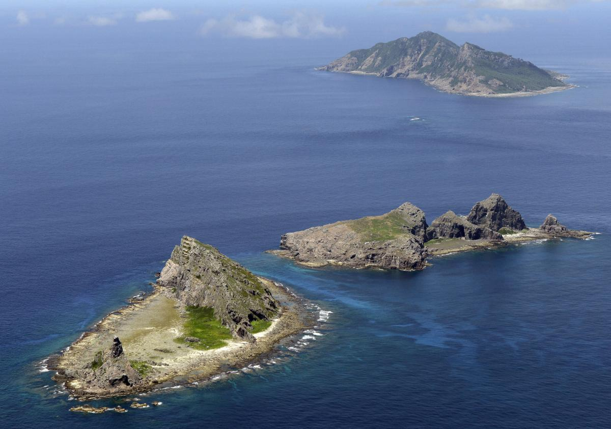 War Between China And Japan? Chinese Vessels Sail Near Disputed Senkaku Islands In East China Sea