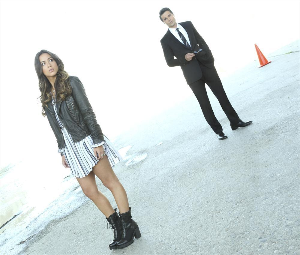 Agents Of SHIELD Season 2 Spoilers Will Skye And Ward Get Together Actors Tease Redemption Romance
