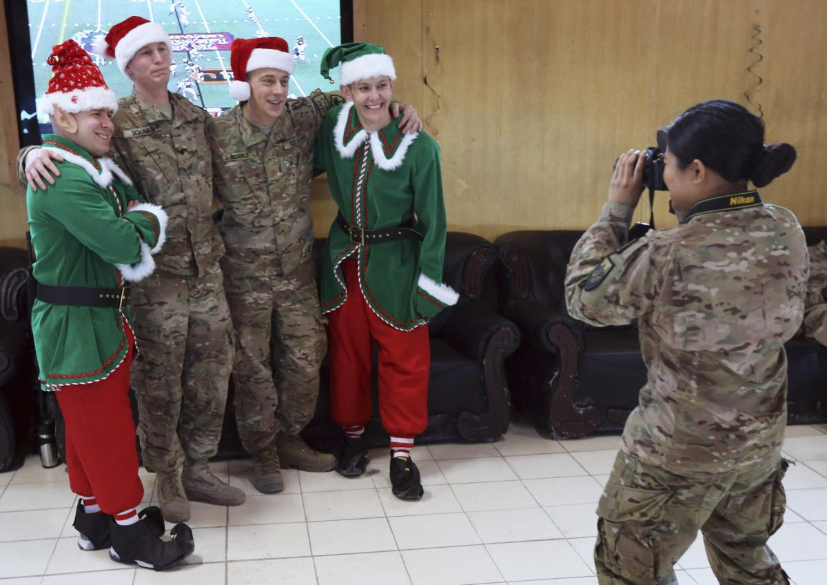 How To Send Christmas Cards To Soldiers Overseas 2014: Charities ...