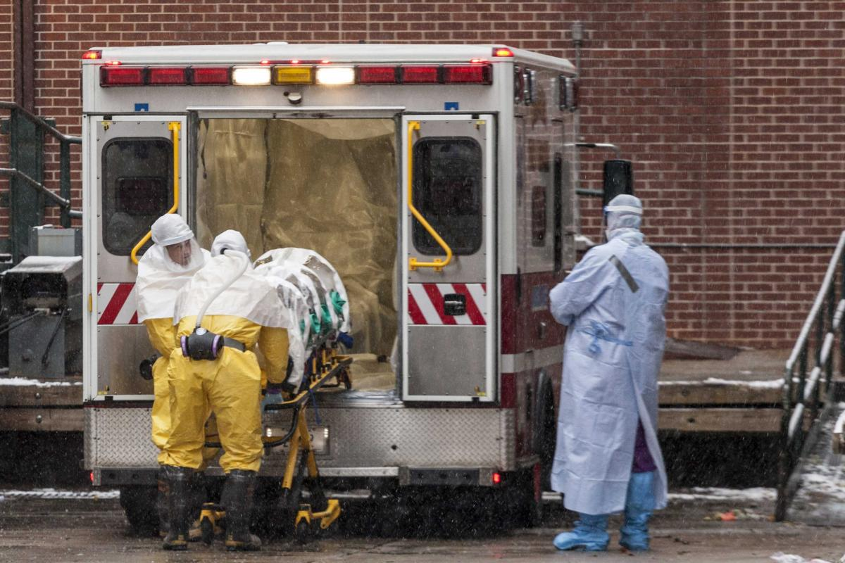 CDC Worker Monitored For Possible Ebola Exposure In Lab Error