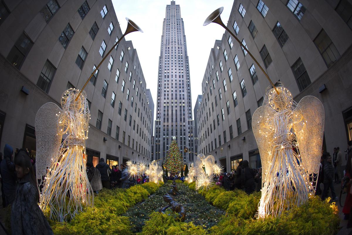 Christmas In New York: Top 13 Things To Do In NYC During The 2014 Holiday Season