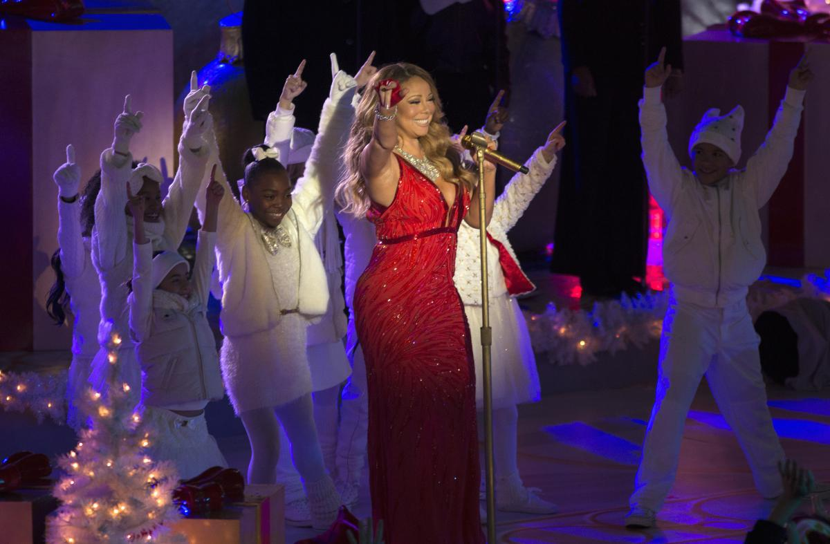 Christmas Songs 2014: 'All I Want For Christmas Is You' 20th Anniversary, Best Covers By Mariah Carey, Ariana Grande And Others