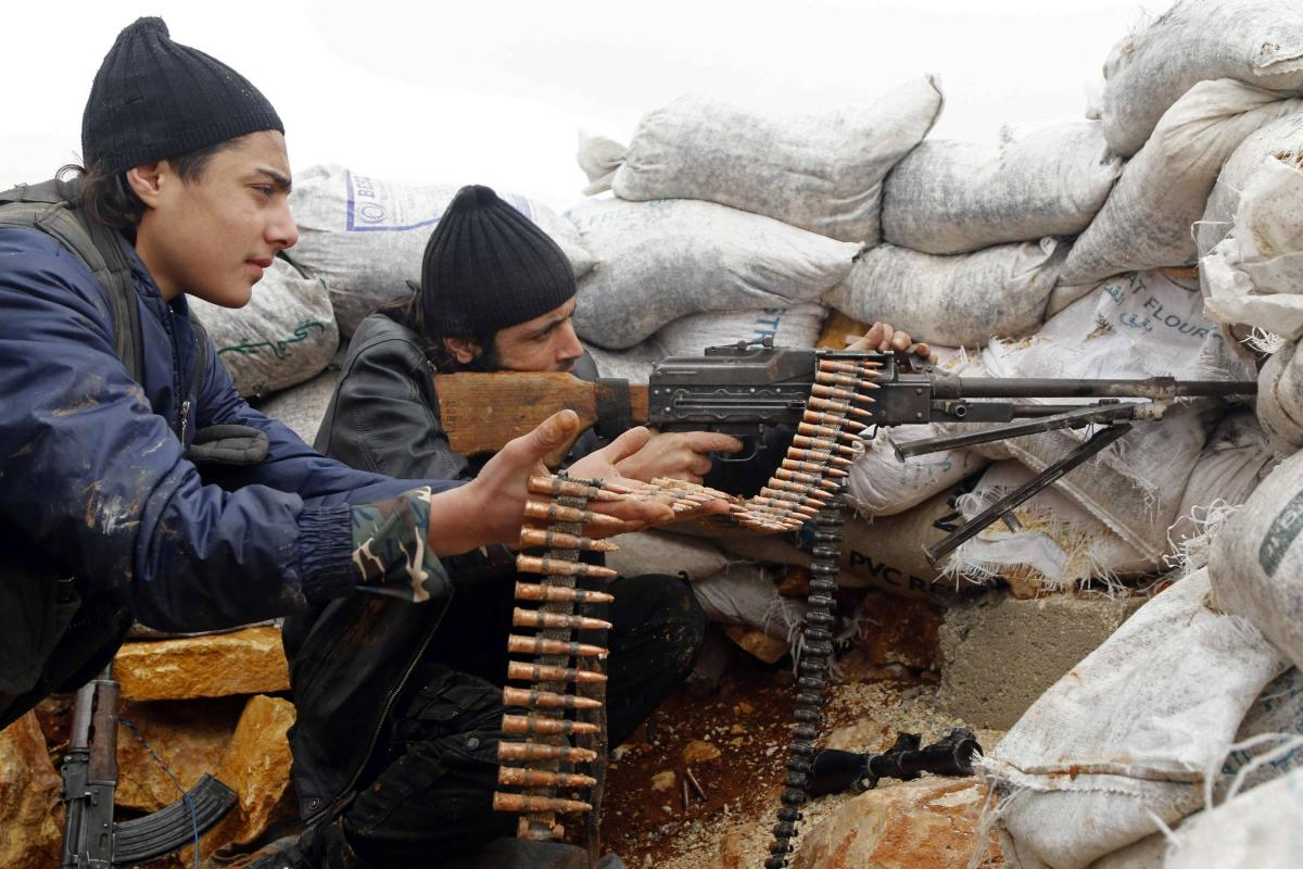 US To Deploy Over 400 Troops To Train And Equip Moderate Syrian Rebels