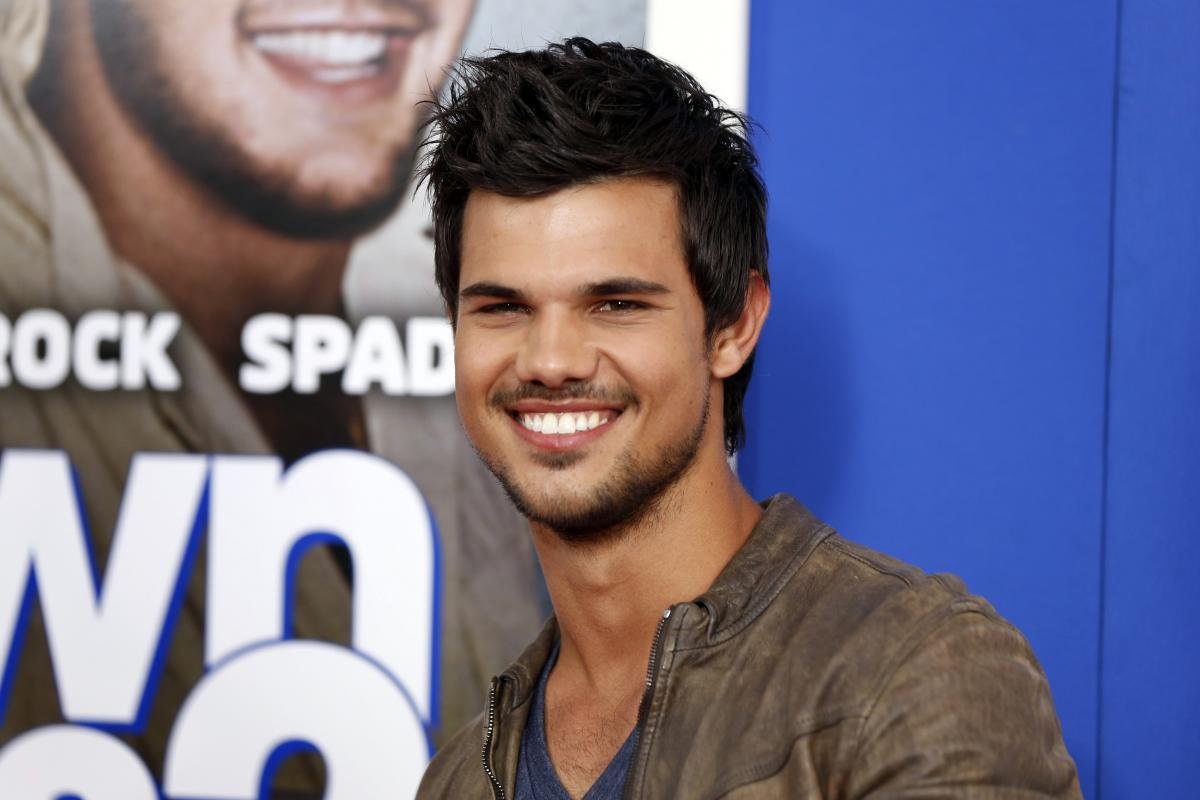 Who Is Taylor Lautner Dating Meet Raina Lawson The Twilight