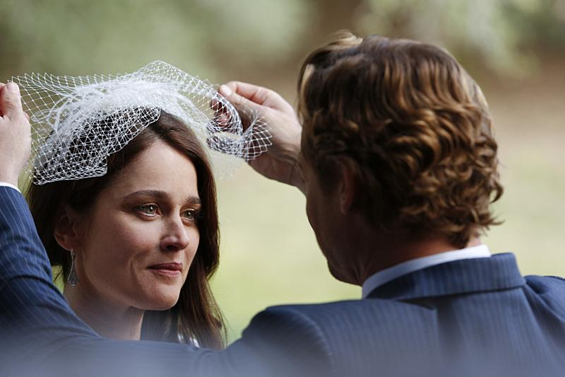 The Mentalist' Series Finale Spoilers: Wedding Photos And 5