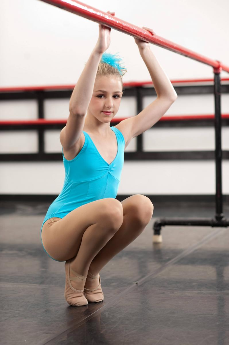 Chloe Lukasiak Wins Big With Studio 19 Former Dance Moms Star Shares Competition -9905