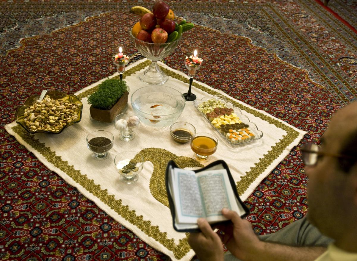Nowruz Persian New Year 2015 Why The Islamic Republic Celebrates A