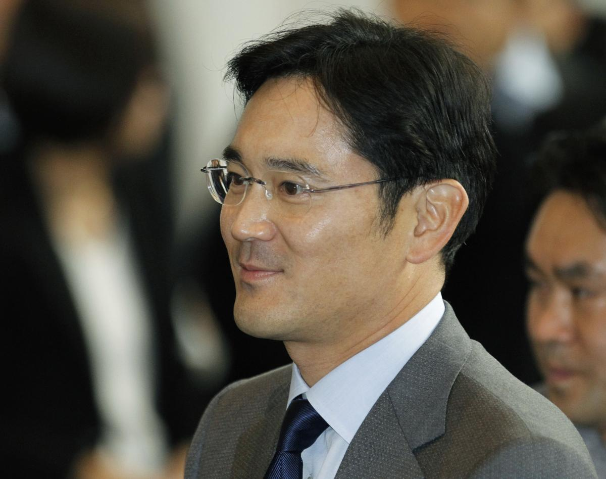 Samsung Heir Takes Charge Of Foundations In Succession Step