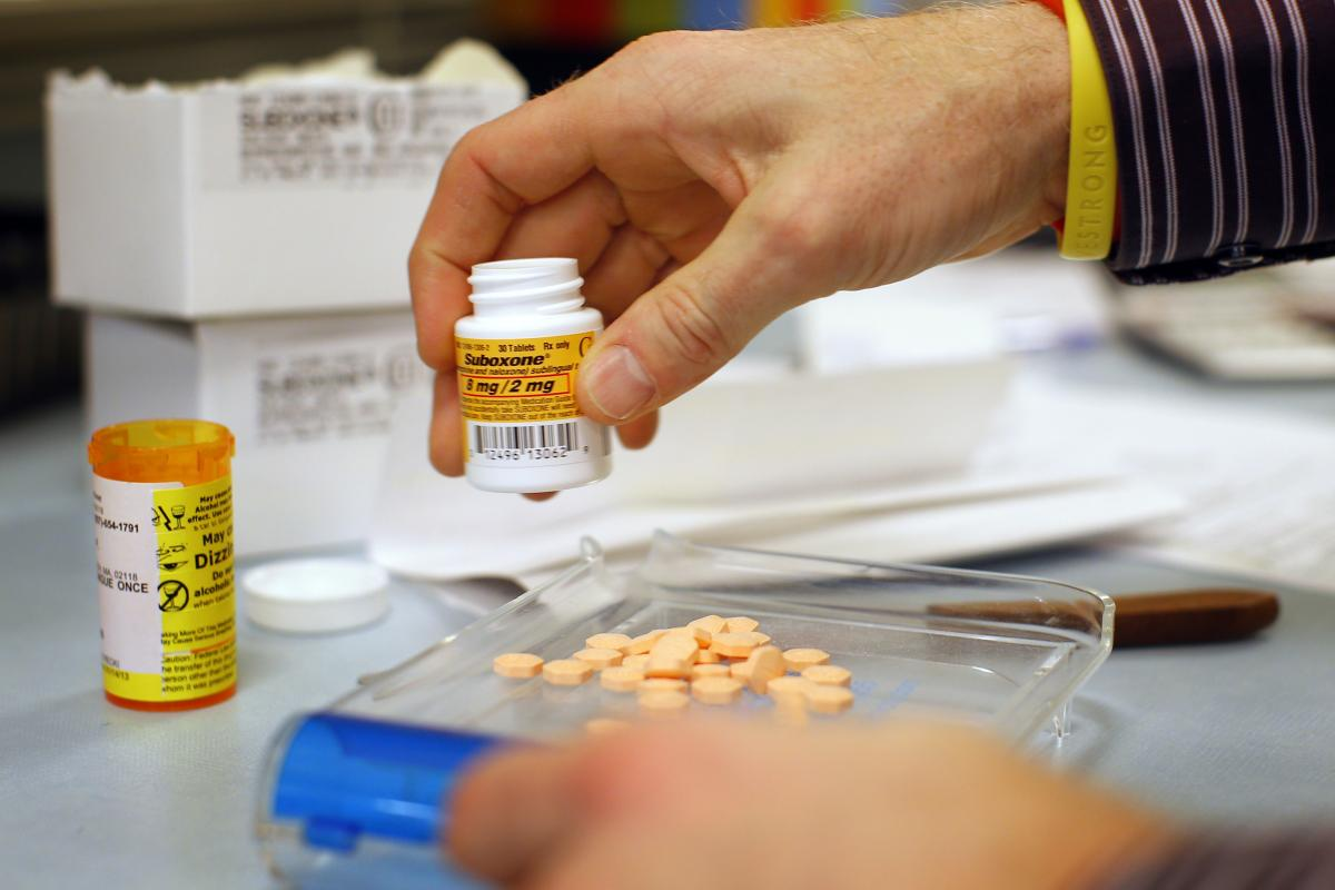 Us Patients Turn To Online Pharmacies For Cheap Meds But Drug