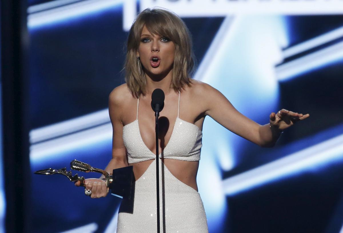Taylor Swift Net Worth Pegged At 200m Star Is Youngest On Forbes 100 Most Powerful Women List