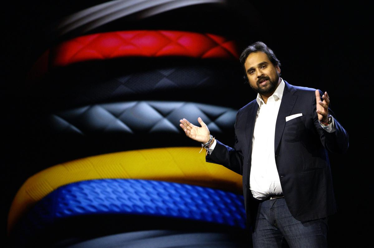 Jawbone Sues Fitbit Again, This Time Over Patents