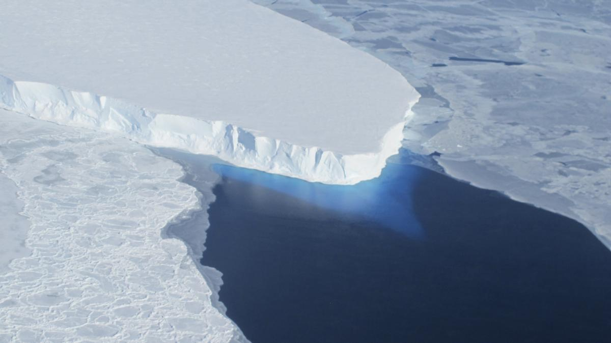 West Antarctic Ice Sheet Rests On A 'Surprisingly High' Geothermal Heat Source