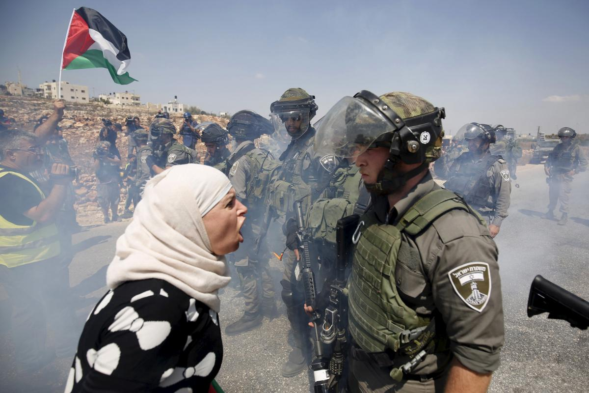 woman and IDF soldier