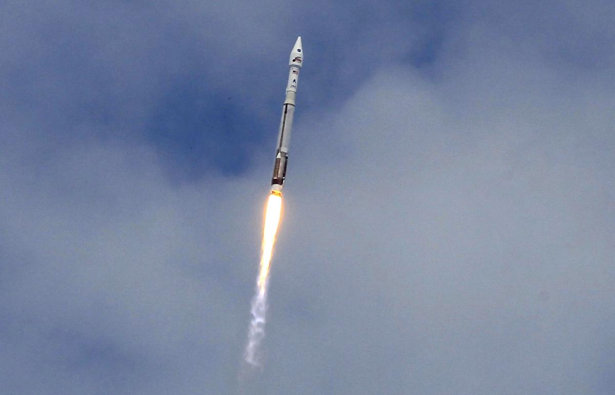 Elon Musk's SpaceX Could Be In Big Trouble If $2 Billion ULA Rocket Deal Goes Through