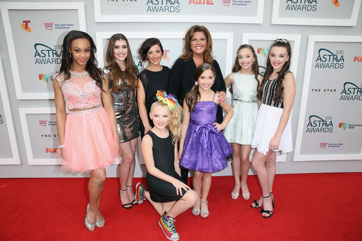 Dance Moms Season 6 Spoilers Abby Lee Miller Shares Sneak Peek Video From Episode 3 Competition