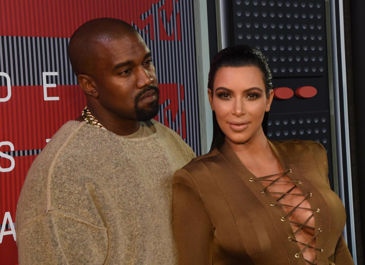 Kanye West Gave Kim Kardashian West The Most Outrageous Gifts For ...