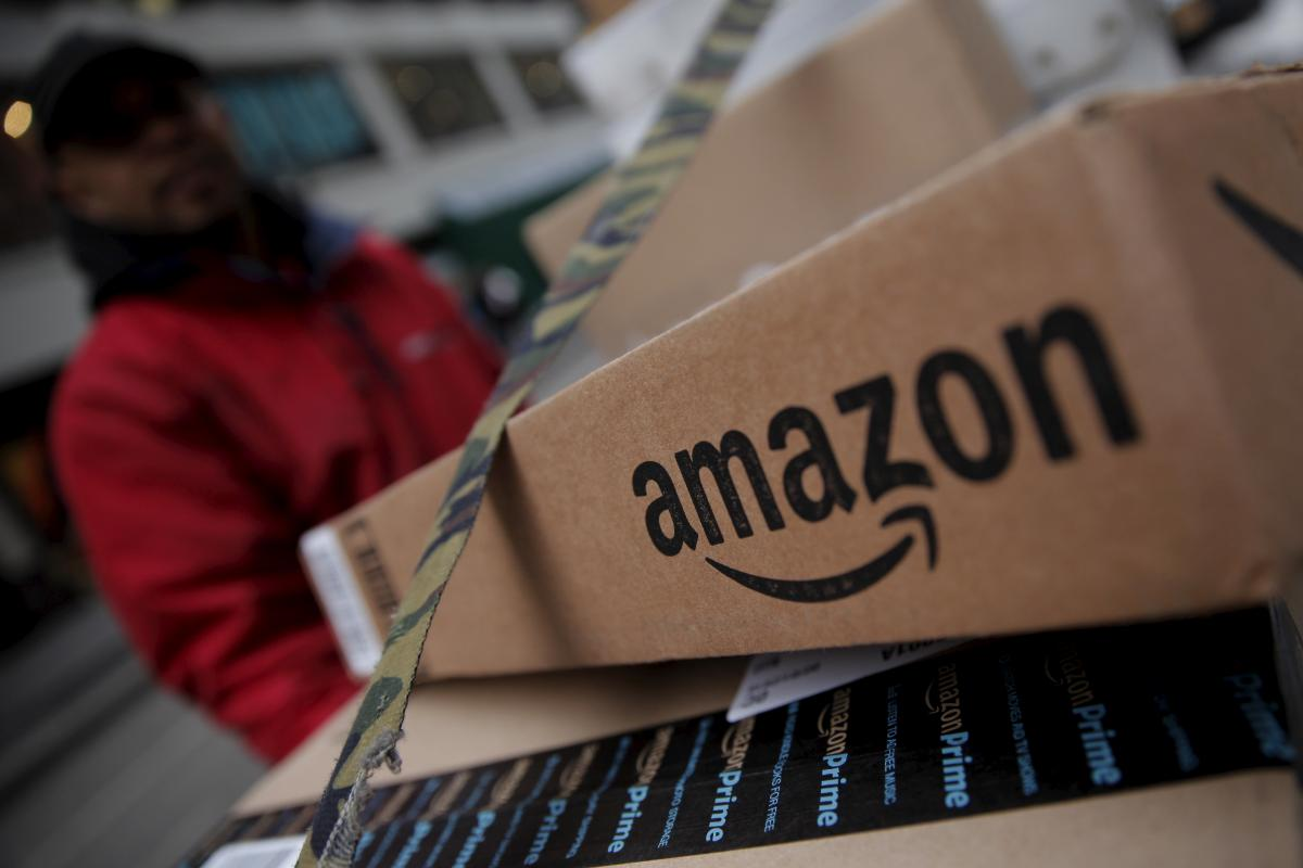 Amazon (AMZN) Builds Air Cargo Network By Leasing 20 Planes
