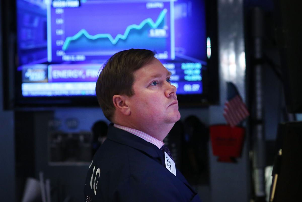 Thursday's Stock Market Close: US Equities Plunge, Dow Falls 1,200, As Coronavirus Fears Intensify
