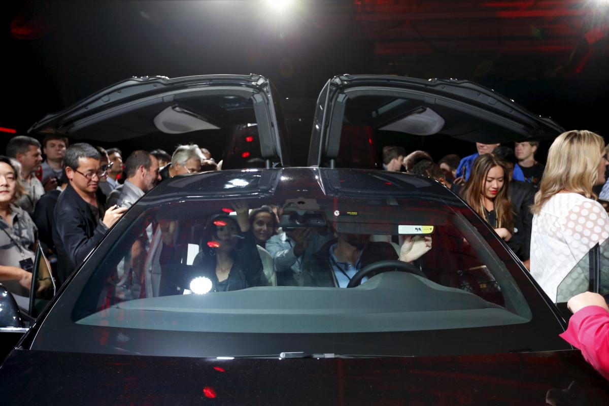 Tesla Motors' $35,000 Electric People's Car: How Elon Musk's Company Will Keep Model 3 Costs Down
