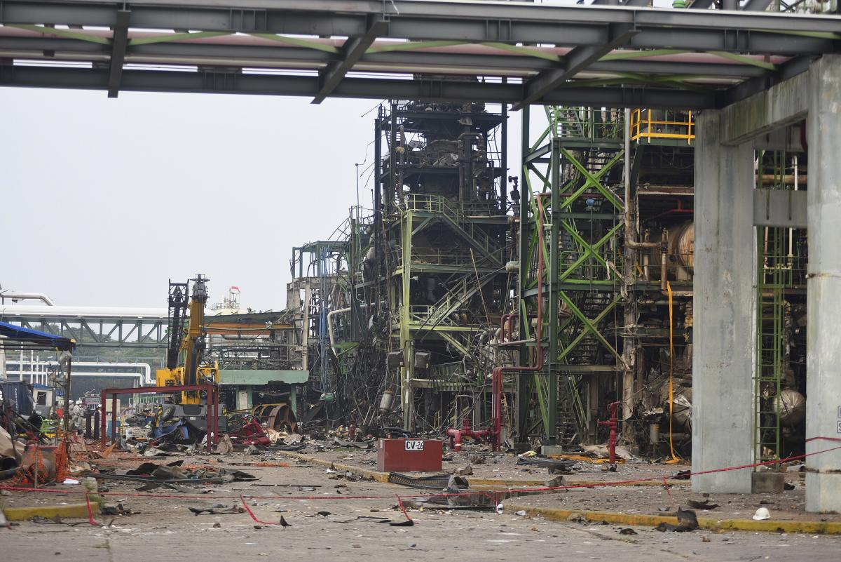 Pemex Raises Death Toll At Petrochemical Plant Explosion To 28
