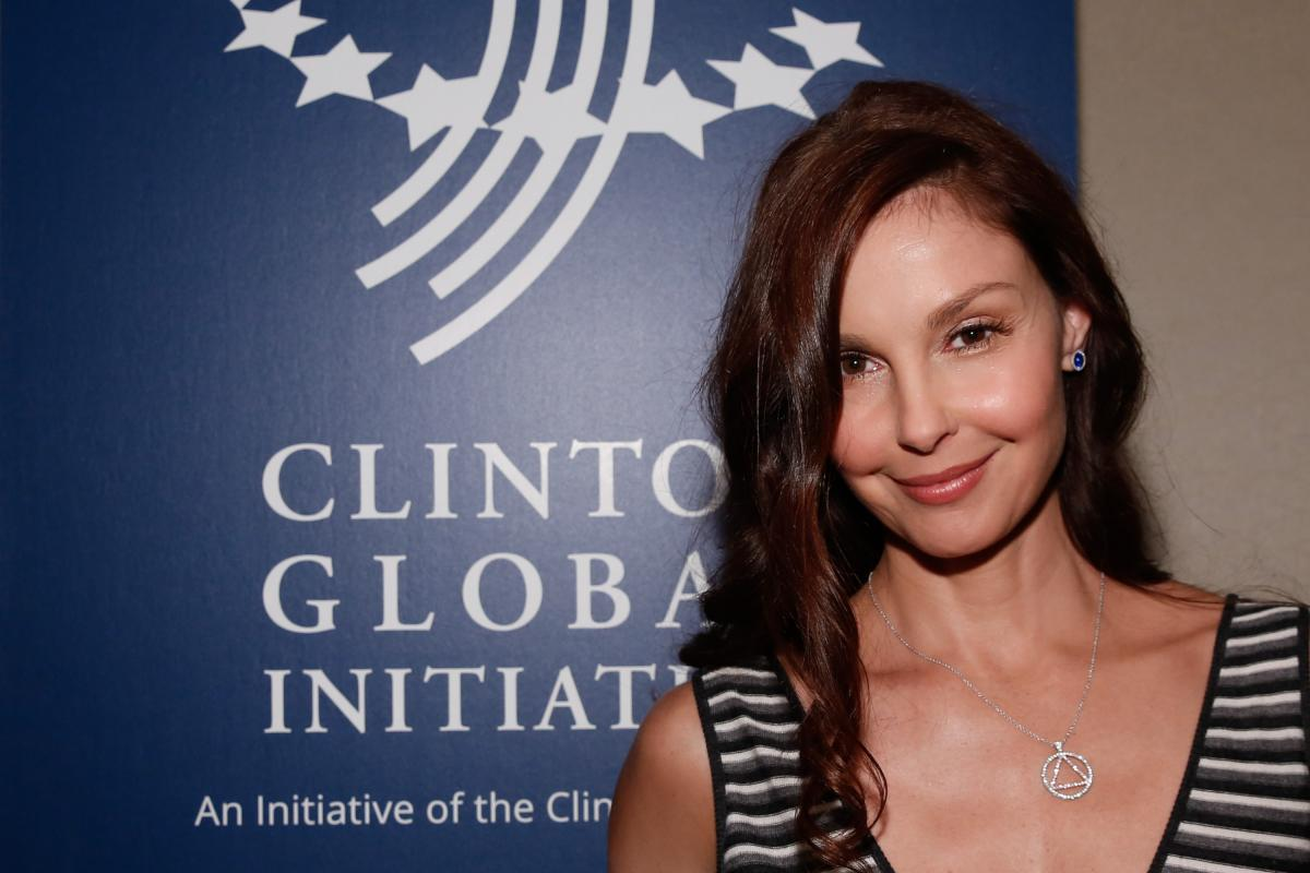Ashley Judd In ICU, Recovering After Shattering Leg In ...