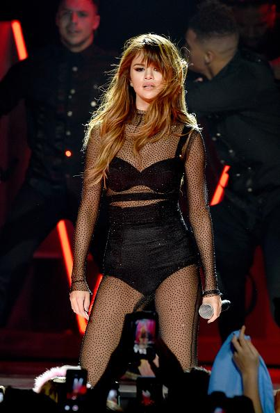 Selena Gomez Changes Phone Number To Avoid Justin Bieber After Sofia Richie PDA Photos, Instagram Feud?