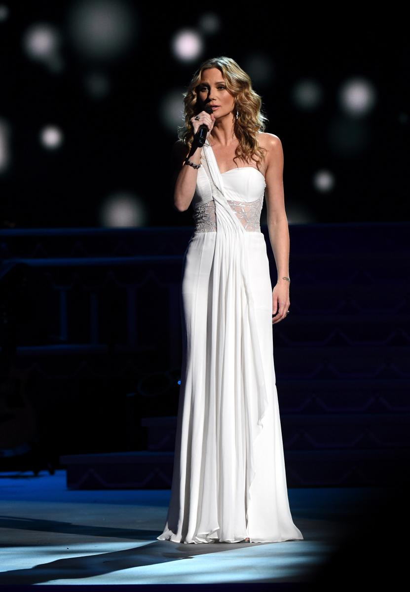 CMA Country Christmas 2016: When And Where To Watch, List Of ...