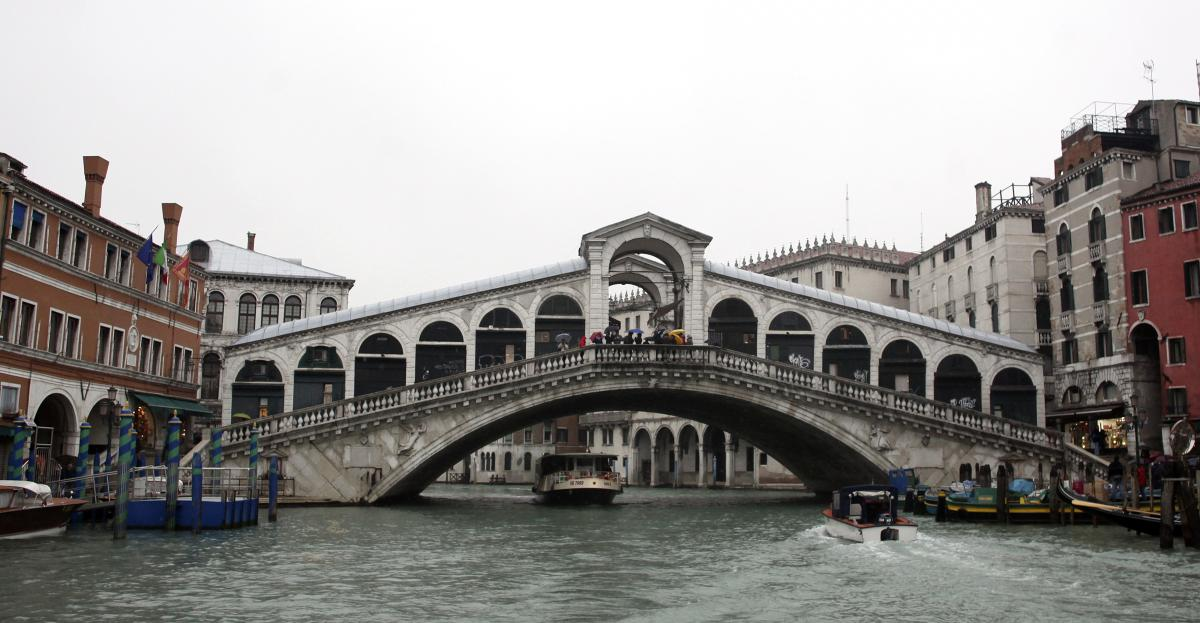 African Refugee Drowns In Venice Canal As Bystanders Yell Racist Remarks Instead Of Helping