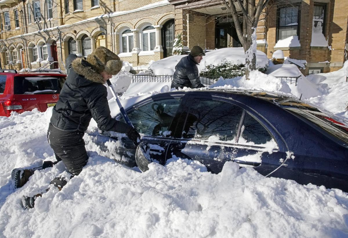 what is the heaviest 24 hour snowfall ever recorded