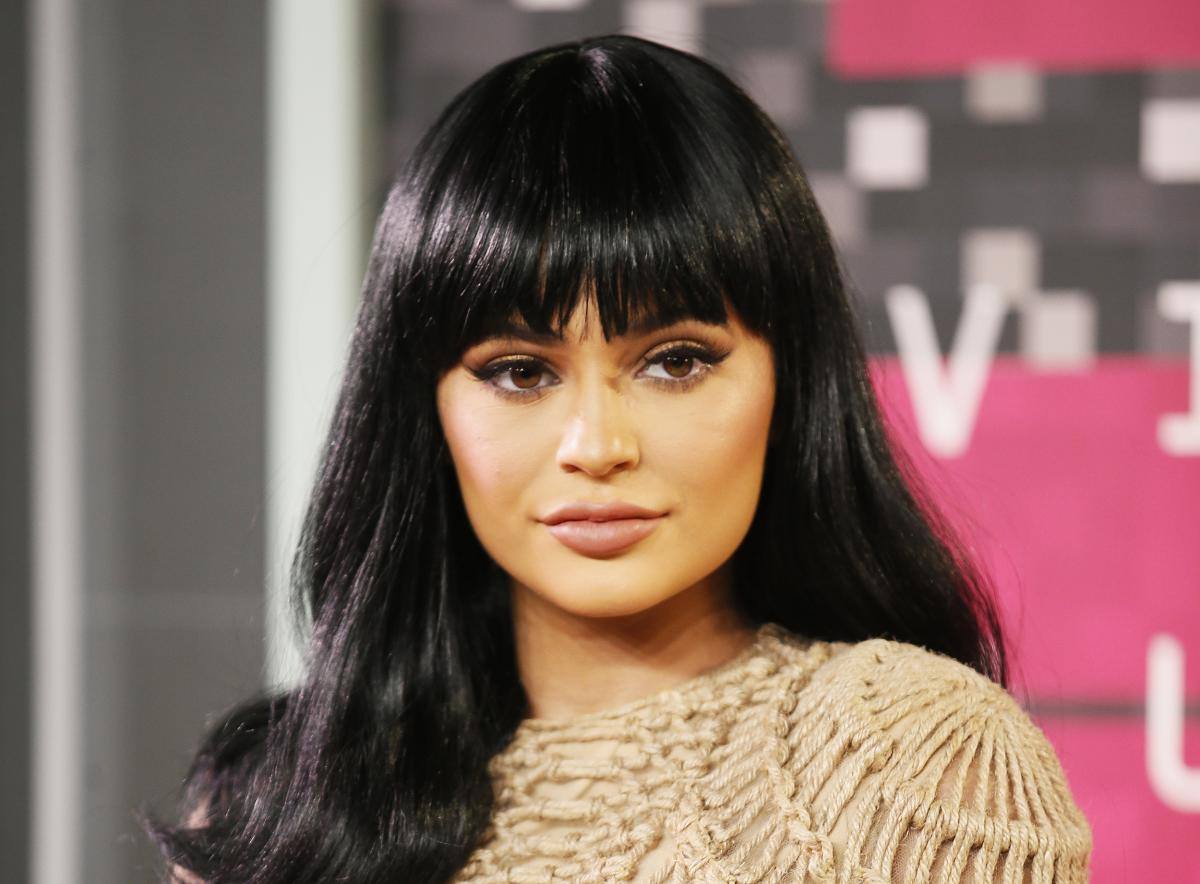 Kylie Jenner Gets Criticized By Fans Over Lip Injections