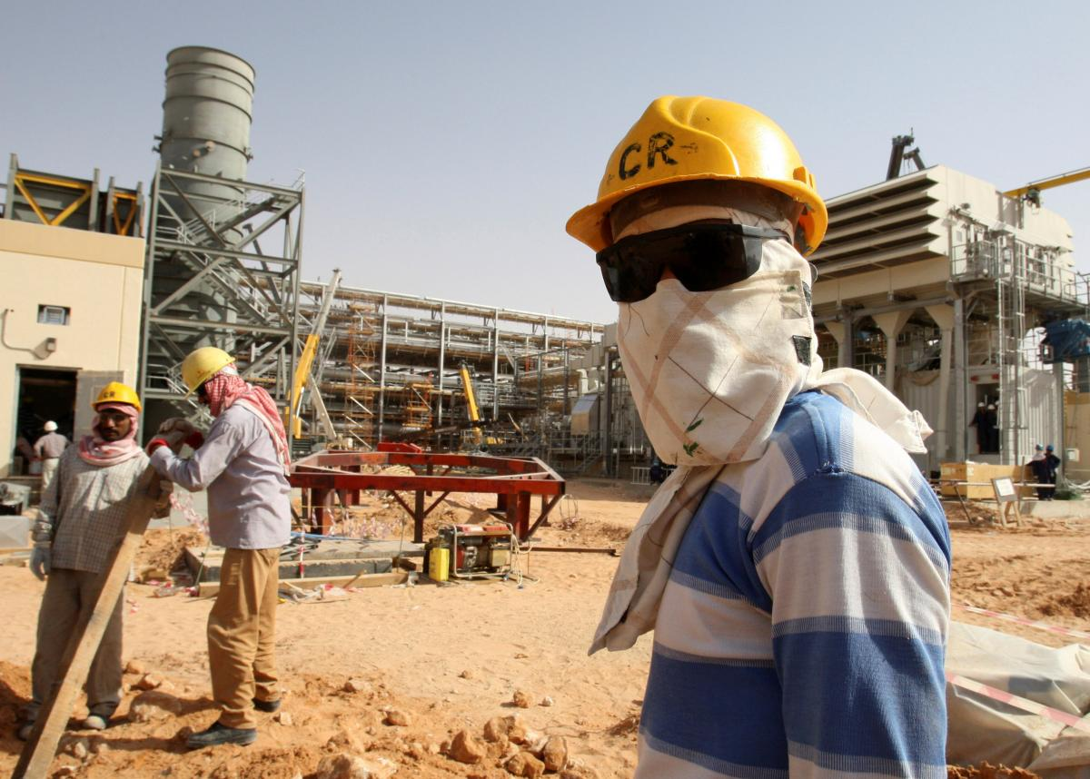 Saudi Arabia News: Foreigners Leaving Country Over Low Oil Prices And High Taxes