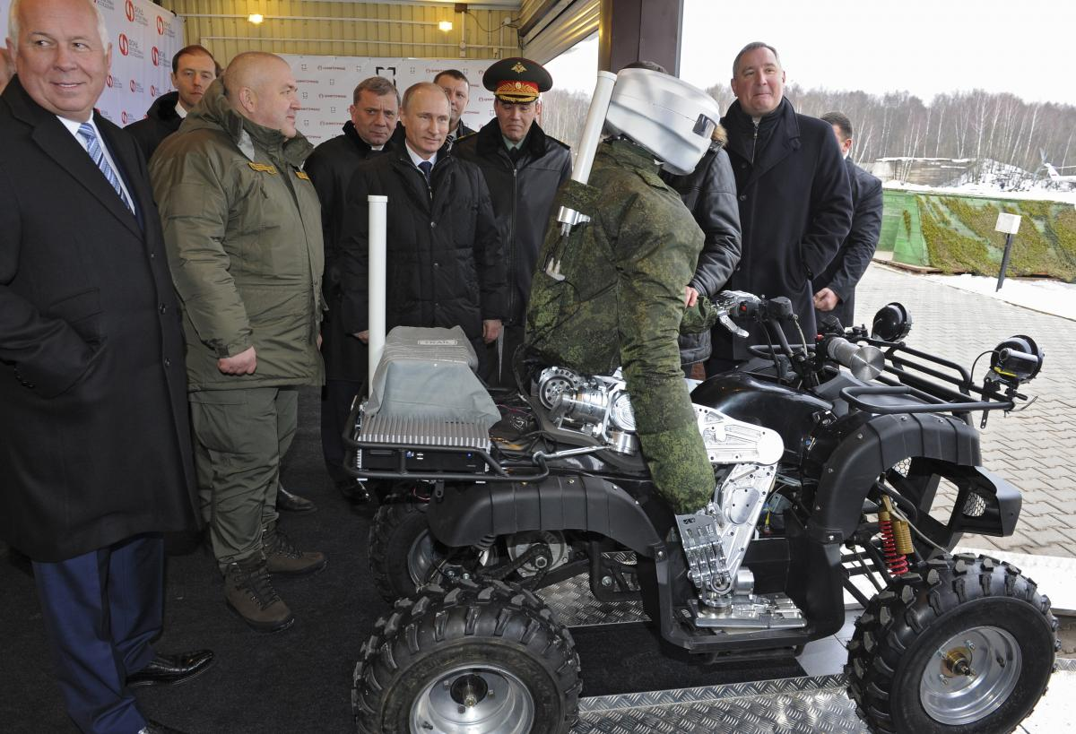 Russia's New Weapons Of War: Robots To Take Over For Soldiers? Moscow Eyes Defense Sales With New Autonomous Fleet