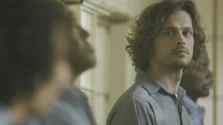Criminal Minds Season 12 Spoilers Spencer Reid Is In Grave Danger In Episode 17 In The Dark Video