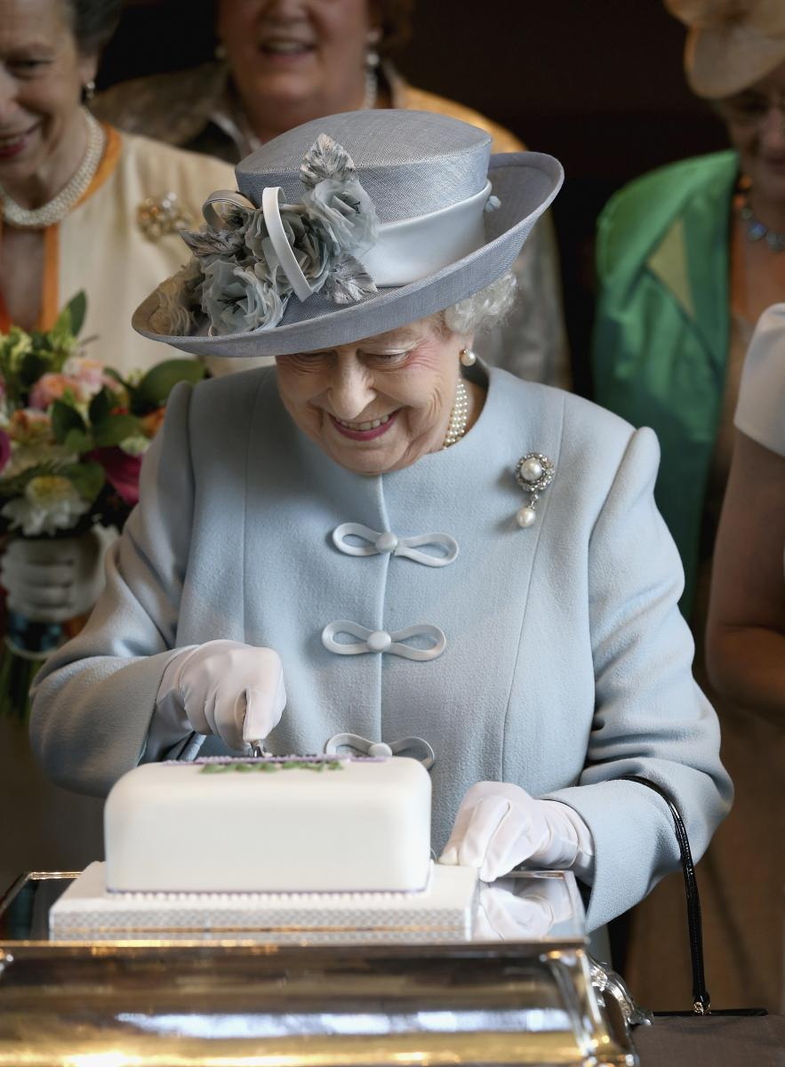 What Is Queen Elizabeth II's Favorite Dessert? Monarch