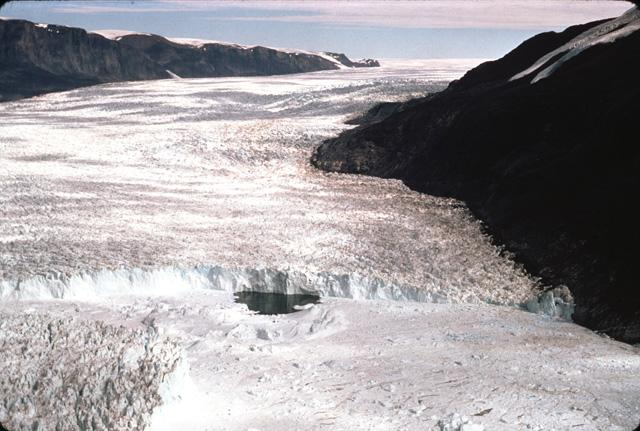 Climate Change Effects: Massive Ice Wave Cut Through Rink Glacier [VIDEO]