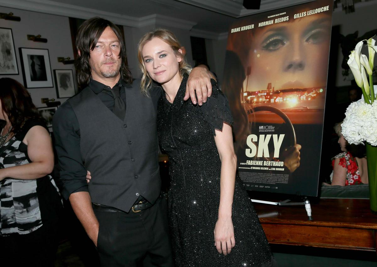 diane kruger norman reedus enjoy romantic beach date in