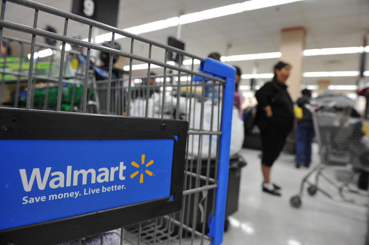 walmart store hours on thanksgiving 2017