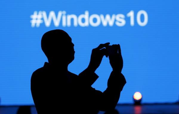 Windows 10 Upgrade Stuck at 0% or 99% – Fixed (7 Ways Included)
