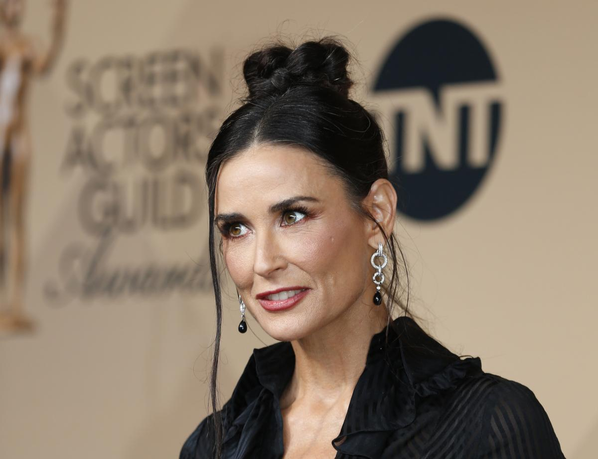 Demi Moore Net Worth: Actress Loses $169K In Credit Card Fraud