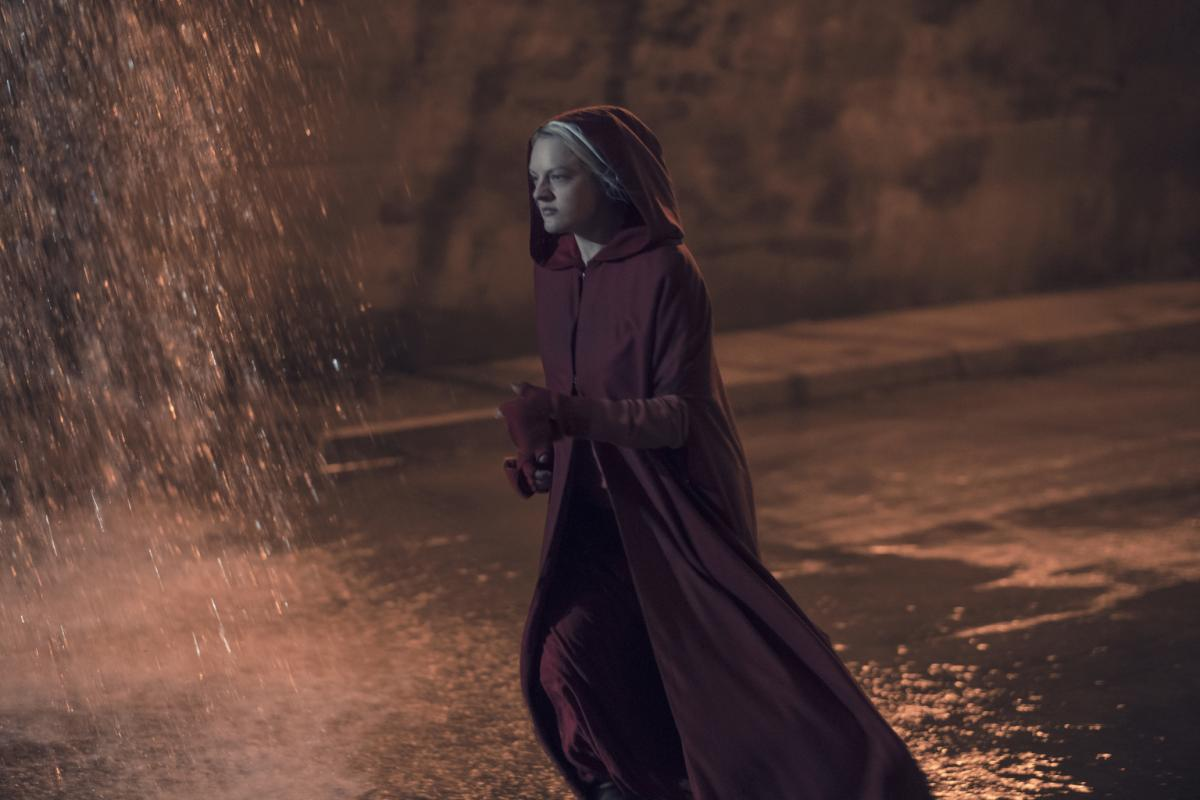 handmaid's tale season 3 - photo #12