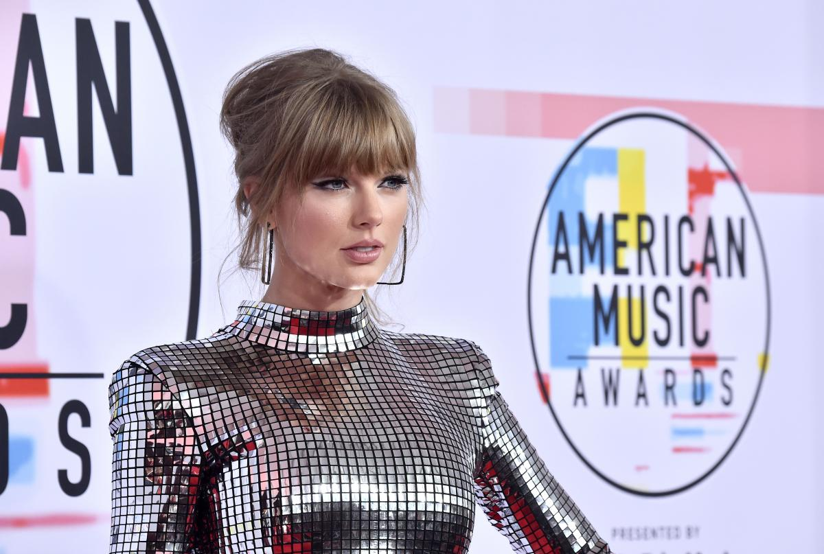 Taylor Swift Net Worth World S Highest Paid Celebrity Earned 185m In 2019