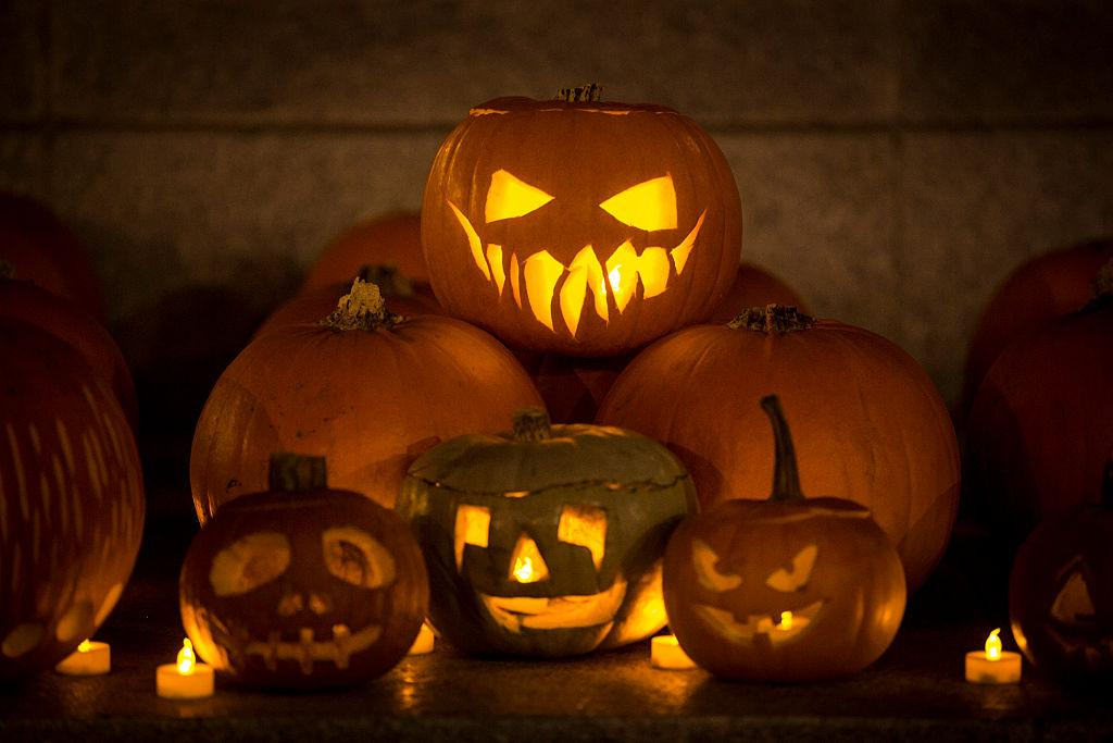 What Does A Teal Halloween Pumpkin Mean? How To Decipher ...