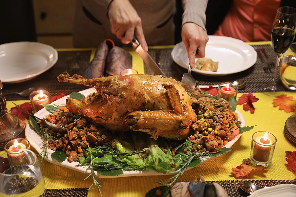 Thanksgiving Jokes 2018 20 Funny One Liners For Kids And Adults At Dinner