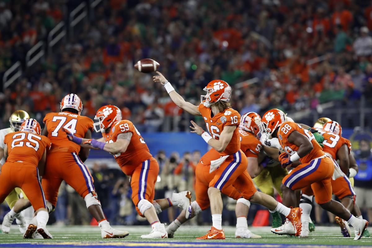 vs. 2019: Odds  Early Football Betting Alabama Clemson Very